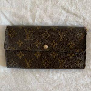 Louis Vuitton Leather Logo Envelope Wallet